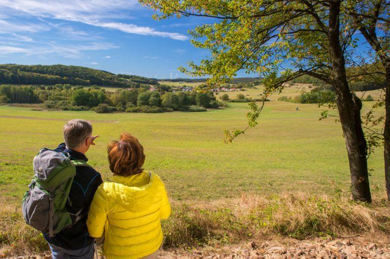 Blick auf den Mosbrucher Weiher © Natur- und Geopark Vulkaneifel GmbH, Kappest